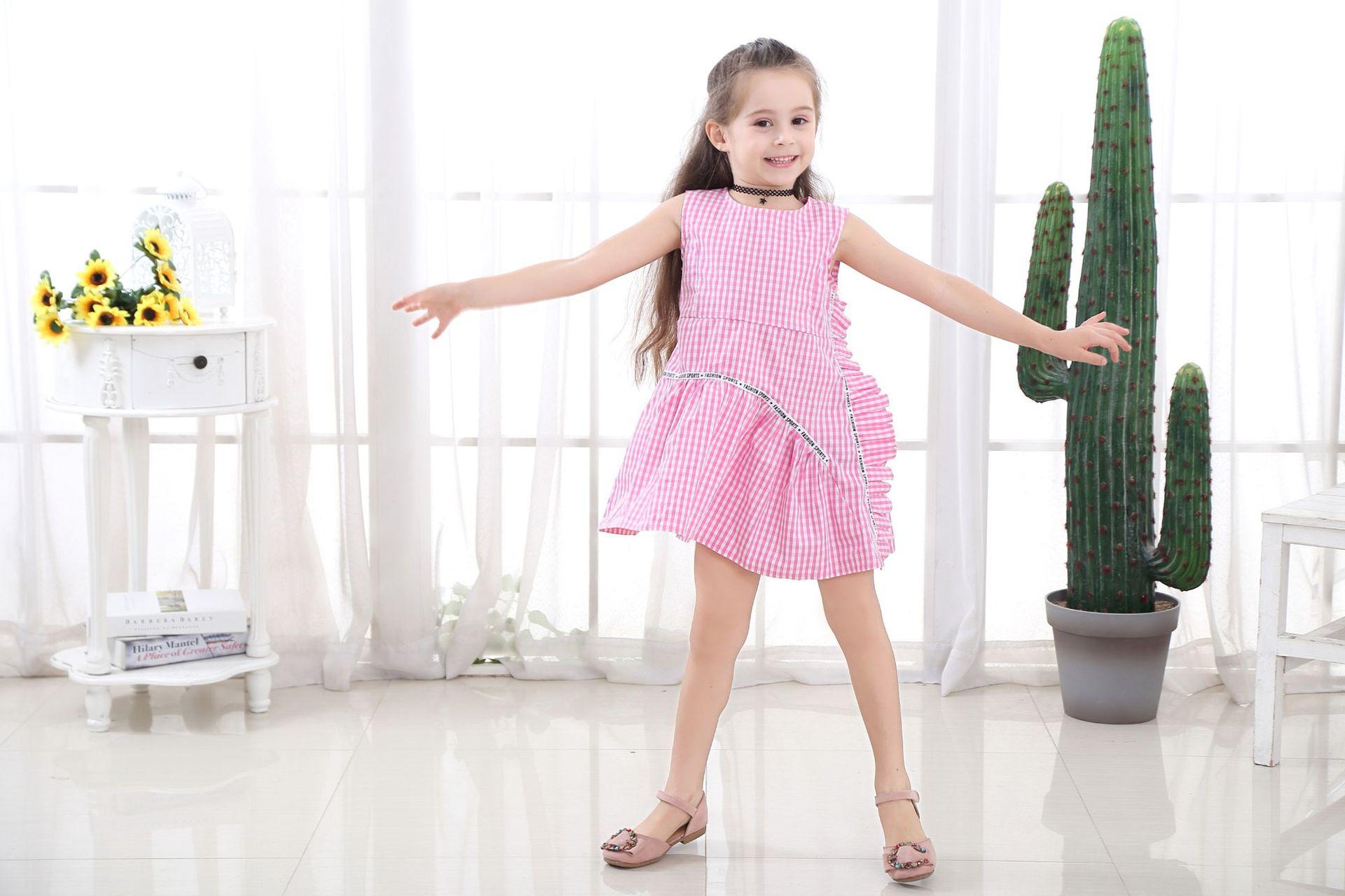 Đầm caro cho bé gái